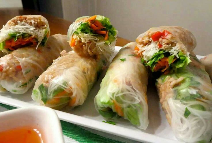Chicken rice paper rolls http://www.debbiefraserhypnotherapy.com/thai-chicken-rice-paper-rolls.html  Didn't like the mint Try cucumber!