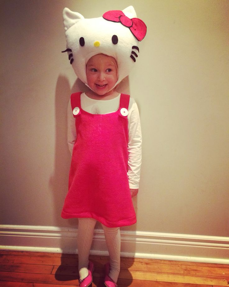 DIY Hello Kitty costume for Frankie.