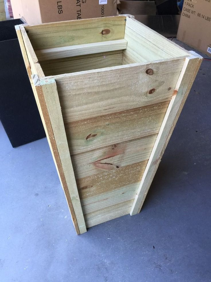 1000 ideas about tall planters on pinterest planters for Tapered planter box plans