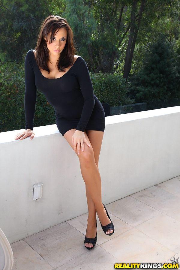 Chanel Preston   Dresses & mini skirts   Dresses, Fashion ...