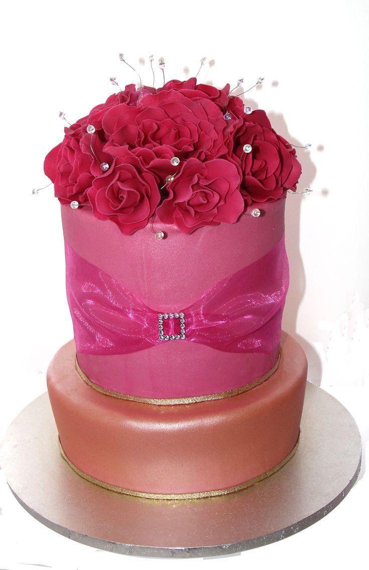 Rose & Pearl Cake Like us at www.facebook.com/melianndesigns