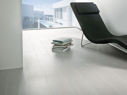 Floor tile porcelain stoneware imitation parquet par for Porcelanosa carrelage imitation parquet