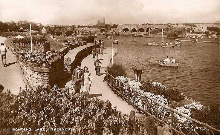 Lincolnshire, Skegness Boating Lake 1930's.jpg 950×584 pixels