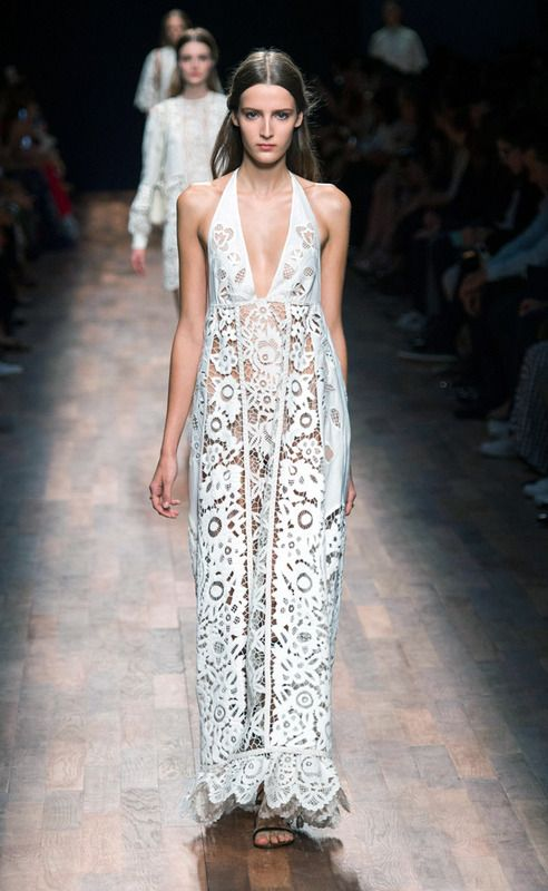 Valentino - PFW Spring/Summer 2015 - www.so-sophisticated.com