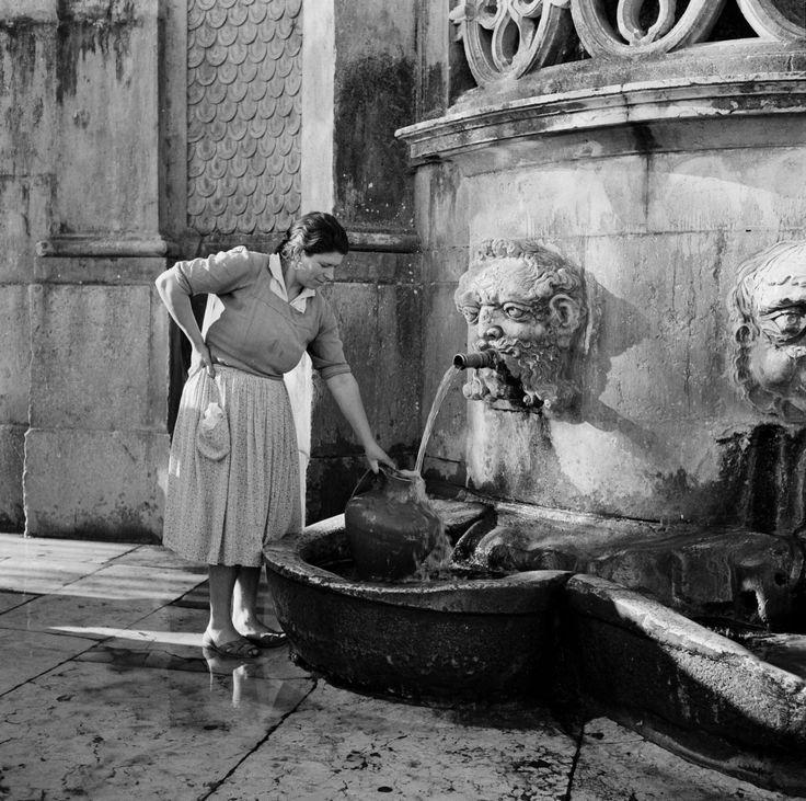 Leiria, 1950 by Artur Pastor