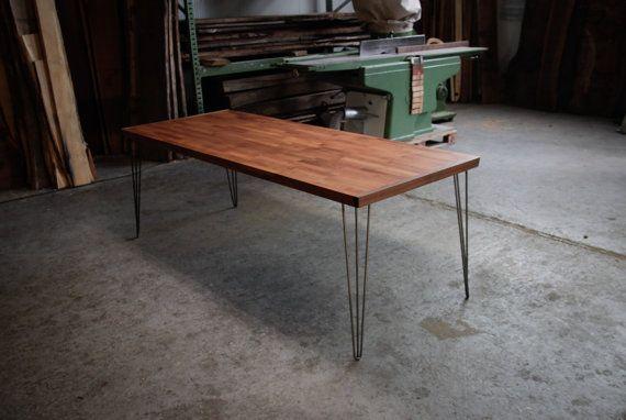 DINING TABLE: Kirschbaum Holz Esstisch mit von HardmanDasein