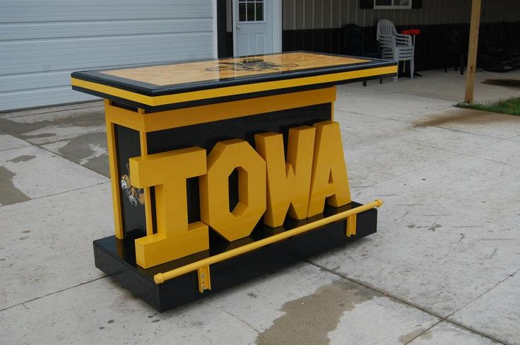 An iowa hawkeyes bar i built 3ft by 5ft sports decor for Iowa hawkeye decor