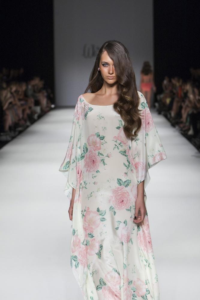 Long Kaftan with embellished shoulder in Boudoir Rose