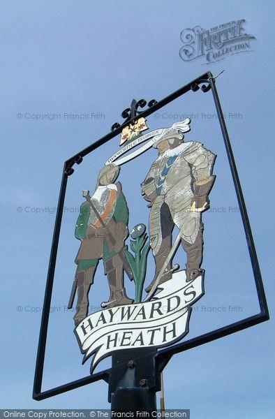 Haywards Heath, Town Sign 2005