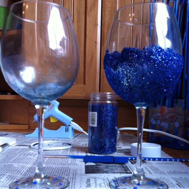27 best crafts images on pinterest glitter wine glasses for Spray painting wine glasses