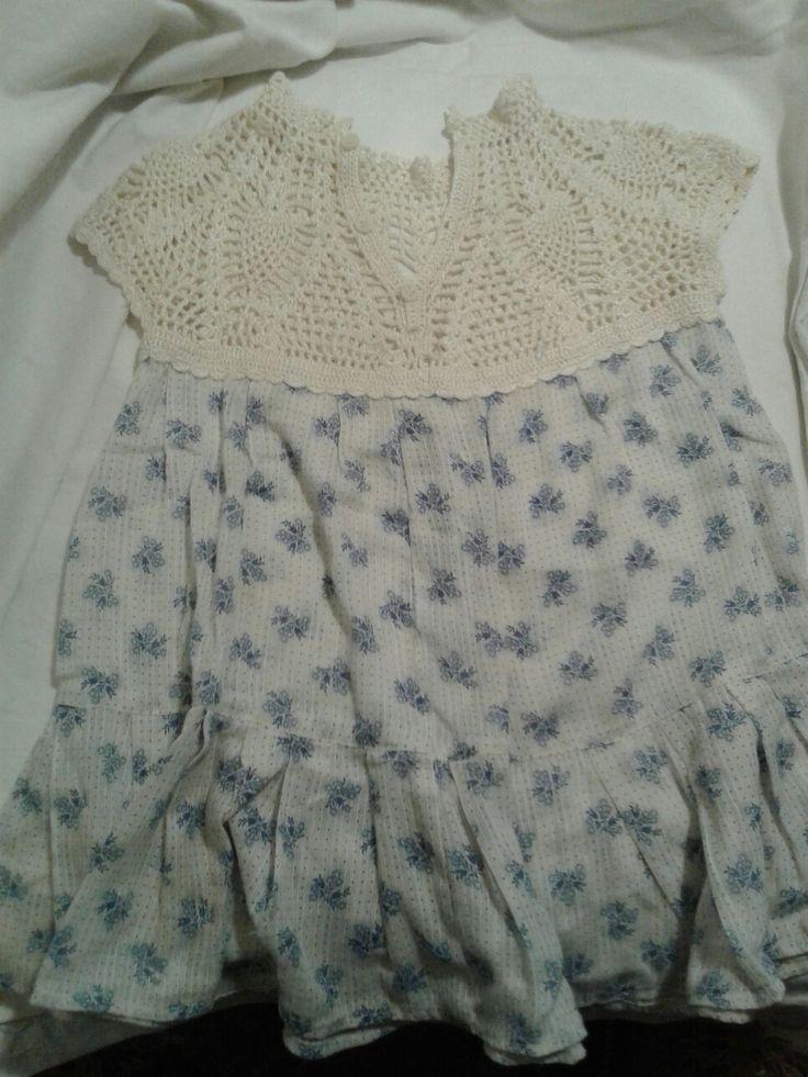 Crochet girl dress by Elena