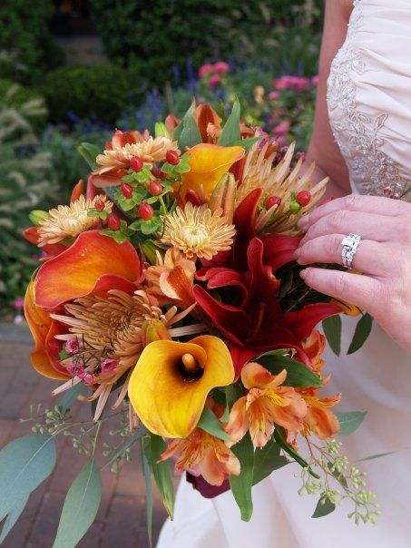 20 best images about september wedding flowers on pinterest bride bouquets burnt orange and. Black Bedroom Furniture Sets. Home Design Ideas