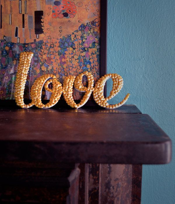 Dollar Store Crafts | How to Make Word Art With Thumb Tacks