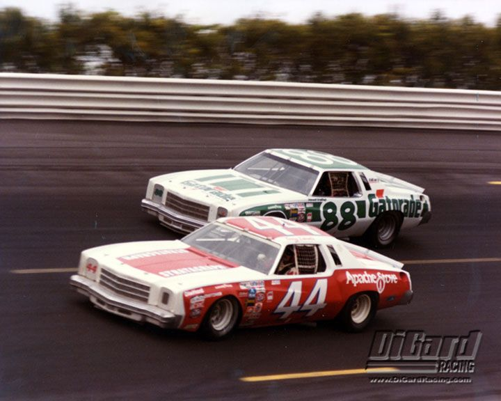 photos of darrell waltrip race cars | Darrell Waltrip in the DiGard #88 Gatorade Car Racing Terry Labonte