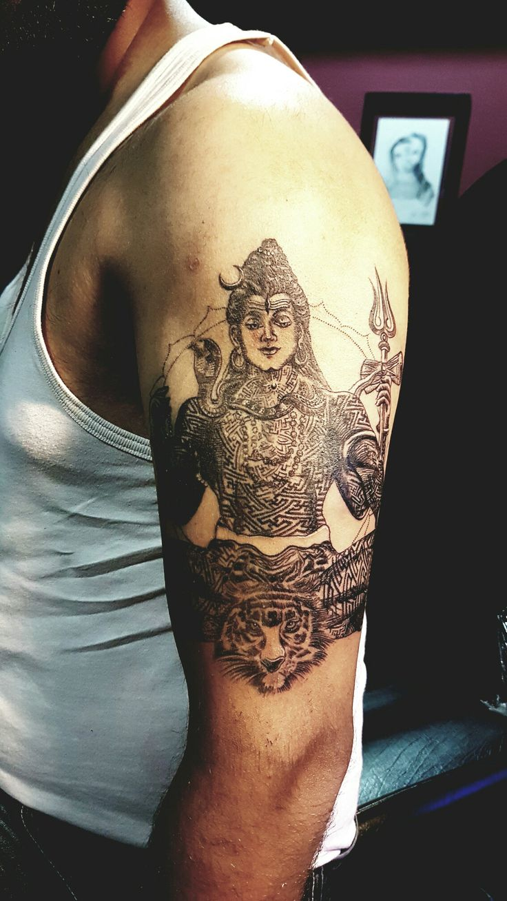 """This finely detailed shiva tattoo has been made by Mathanraj's studio in Mumbai named Kalasutra. Tatto is still in progress. This tatto means """"Moksha"""" which means every thing has an end."""