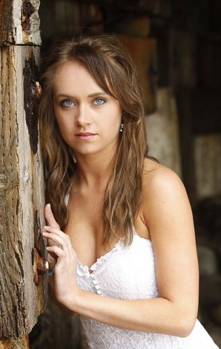 My favorite actress (Amber Marshall's) wedding dress. LOVE her and LOVE her dress! <3
