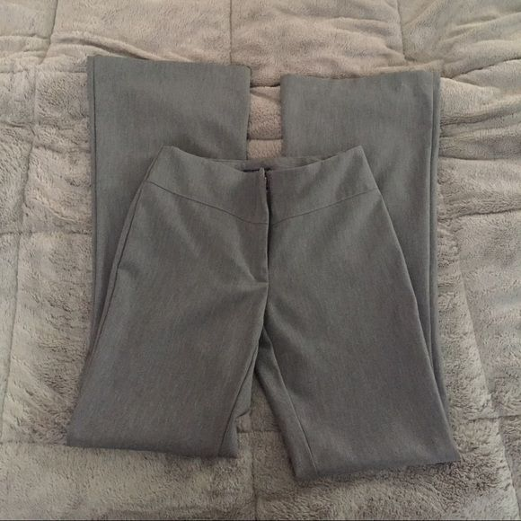 Grey dress pants Wrinkle resistant! Classic grey dress pant. Like new! Pants