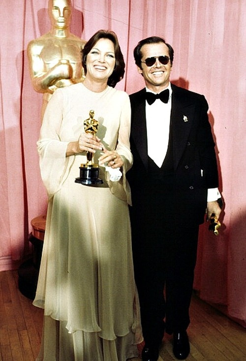 Very cool picture of Louise Fletcher and Jack Nicholson at the Oscar's 1976.