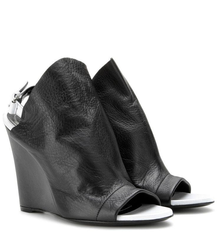 Schwarz-weiße Open-Toe-Wedges aus Leder By Balenciaga