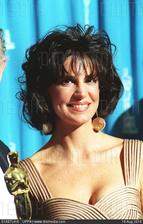 Mercedes Ruehl Nude Photos 34