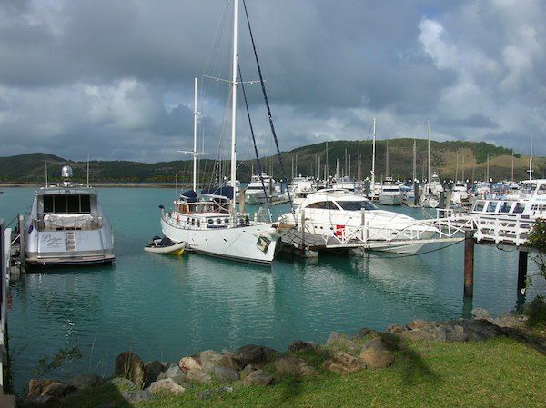 Are you a fan of sailing. Then Hamilton Island will be your kind of island getaway holiday. Take off here to sail around the Whitsundays. #Hamiltonisland #adventuretravel