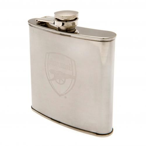 Arsenal Hip Flask in Chrome. Weighs 6 oz. Great gift for Father's Day or Christmas In a gift box. Official Licensed Spurs merchandise. FREE DELIVERY