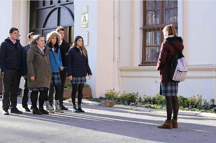 Hayat Bazen Tatlıdır dizisinde ''Zeynep'' karakterinin giydiği bot Bueno Shoes...