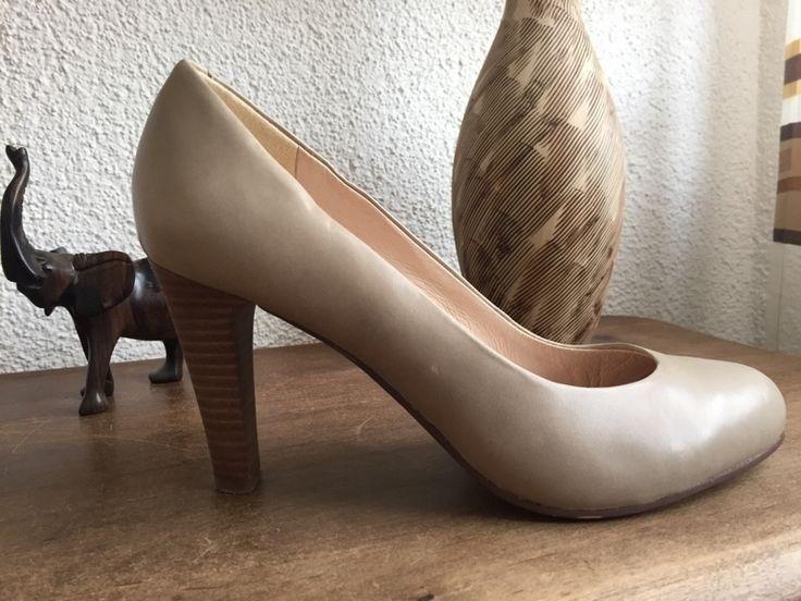 Mein Elegante Pumps High Heels in grau/Braun von 5 th Avenue von 5th Avenue! Größe 37 für 12,00 €. Sieh´s dir an: http://www.kleiderkreisel.de/damenschuhe/hohe-schuhe/121887174-elegante-pumps-high-heels-in-graubraun-von-5-th-avenue.