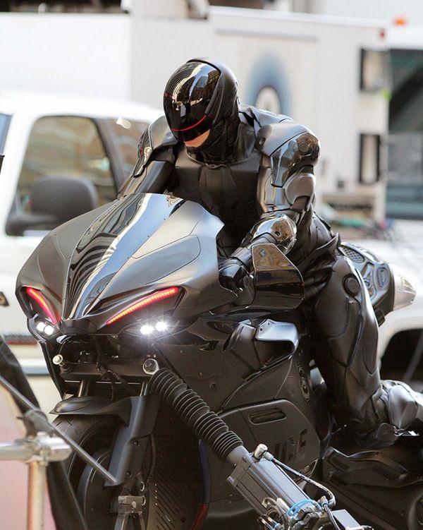 joel-kinnaman-robocop-motorcycle-scenes-20.jpg (600×751)