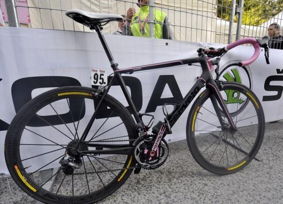 Ryder Hesjedal's maglia rosa Cervelo. Boom. Giro d'Italia 2012