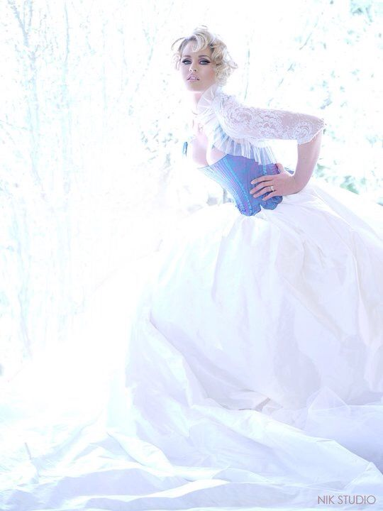 Julia K Couture gown - gorgeous!