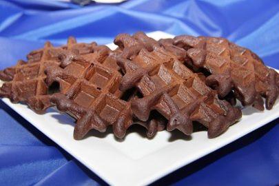 Nizkosacharidove cokoladove vafle /Low-carb chocolate waffles/ Zdravé, nízkosacharidové, bezlepkové recepty. (Healthy, low carb, gluten free recipes.)