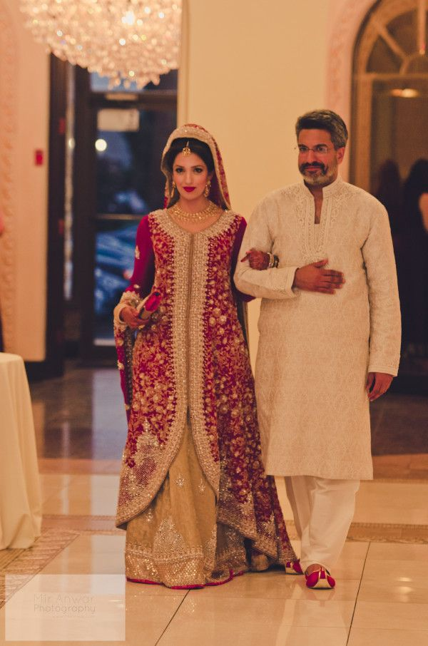 Gorgeous Pakistani Bride Safa with her Dad.