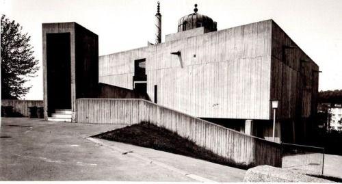Bilal Mosque (1963-68) in Aachen, Germany, by Gernot Kramer