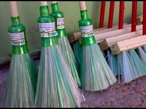 Бизнес идея в гараже. Изготовление метел из пластиковых бутылок - YouTube