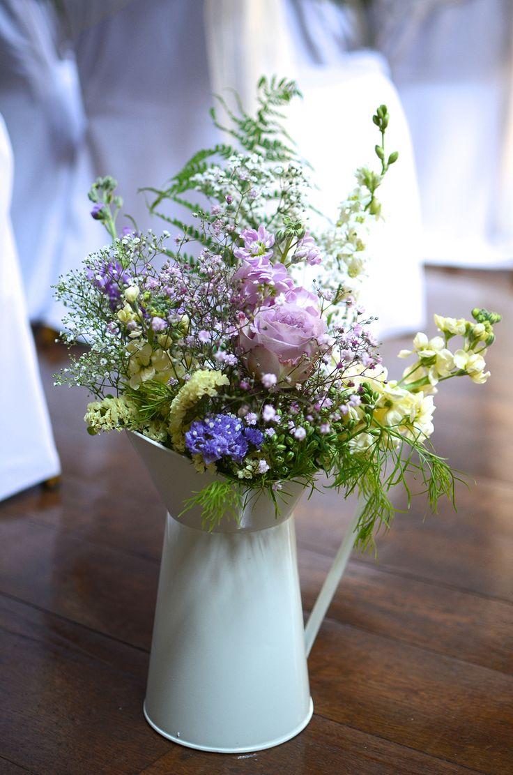pretty DIY wedding flowers