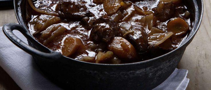 Ragoût de bœuf à la sauce au vin rouge