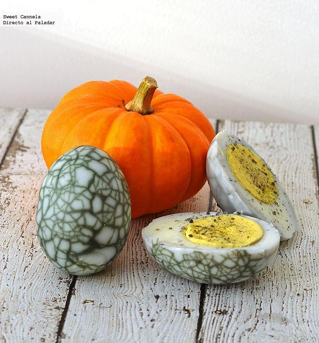 Receta para preparar unos huevos de telaraña para Halloween. Con fotos del paso a paso y consejos de degustación