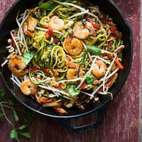 What are Zoodles? They're healthy zucchini pasta or zucchini noodles made from the best vegetable spiralizer for zucchini pad thai recipe