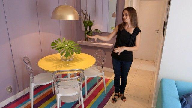 Arquiteta mostra como criar ambiente de jantar e trabalho no mesmo espaço - Olho Mágico – Reforma de Vizinhos - GNT