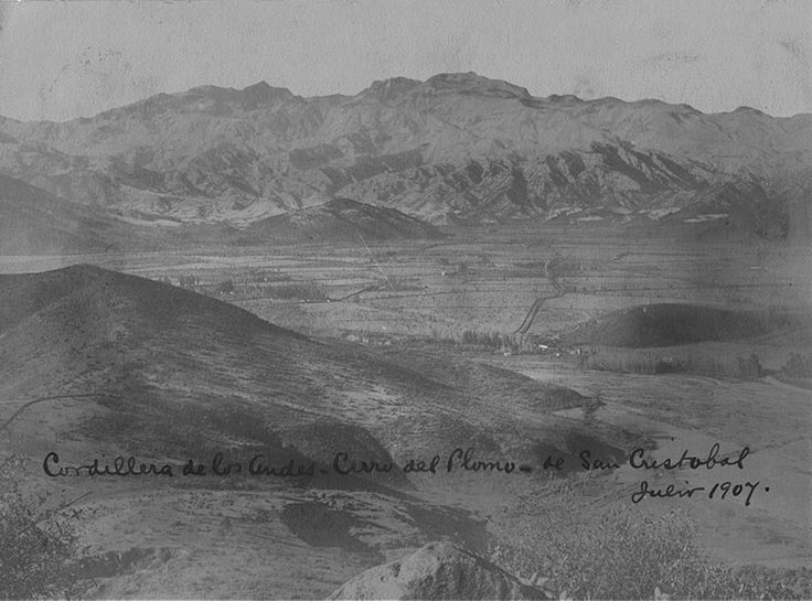 Desde el cerro San Cristóbal en 1907, con vista  a todo el sector oriente de la capital.