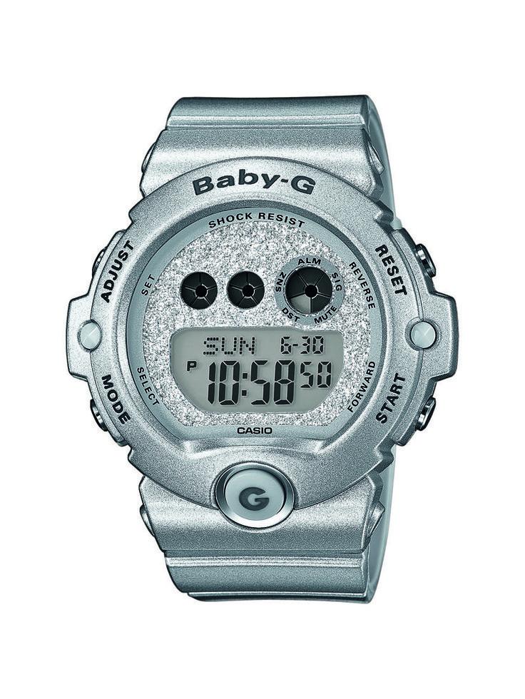 BG-6900SG-8ER - Fokozottan ütés- és rezgésálló tok, WR 20 bar, 1/100 mp. Stopper 100 óra mérési idő, 60 köridő memória, 3 multi-ébresztés, timer, kristályüveg, fényriasztás, illuminátor háttérvilágítás. Javasolt fogyasztói ár: 33 990 Ft