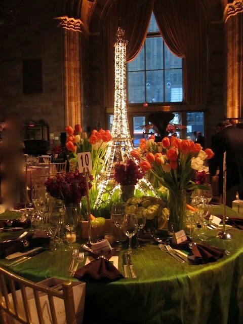 paris themed centerpieces 10th year anniversary party. Black Bedroom Furniture Sets. Home Design Ideas