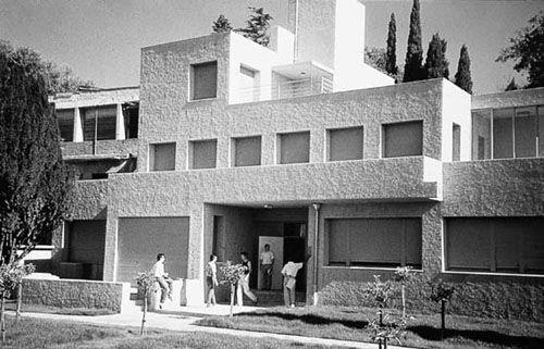 23 best images about vanguardias figurativas on pinterest - Cubismo arquitectura ...