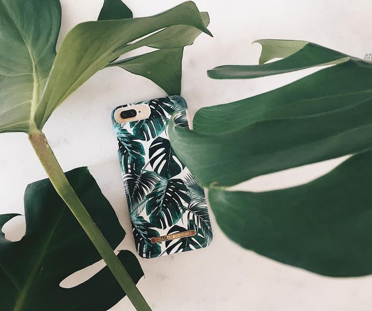 Monstera Jungle by lovely @bymatiilda - Fashion case phone cases iphone inspiration iDeal of Sweden #green #leaf #palm #tropical #gold #fashion #inspo #iphone