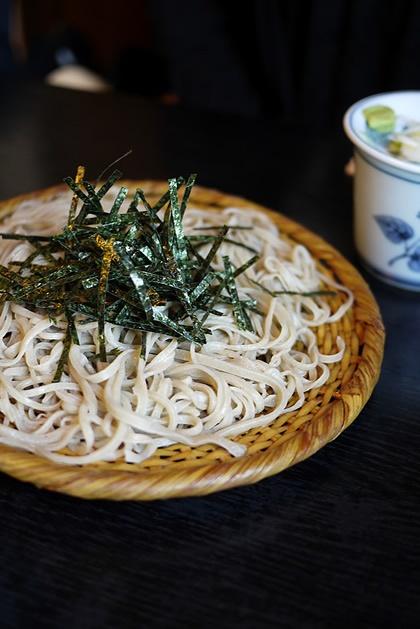 ざるそば - Zaru Soba - Cold soba noodles with dipping sauce https://www.facebook.com/tabaca.magno