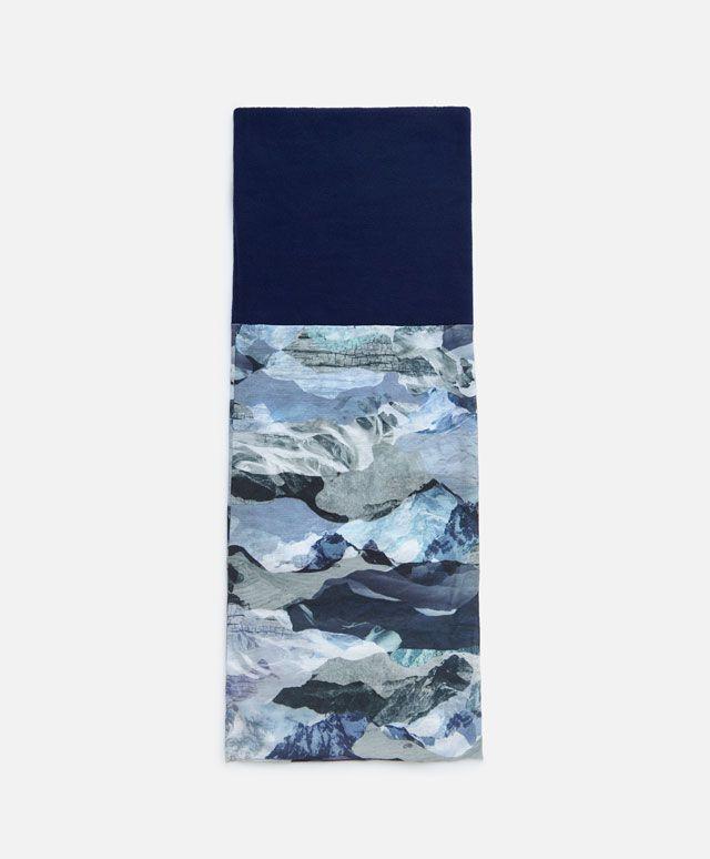 Шарф-воротник для фитнеса - Лыжный спорт - Тенденции женcкой моды Осень-зима 2016 на Oysho онлайн: нижнее белье, спортивная одежда, пижамы, купальники, бикини, боди, ночные рубашки, аксессуары, обувь и аксессуары. Модели для каждой женщины!