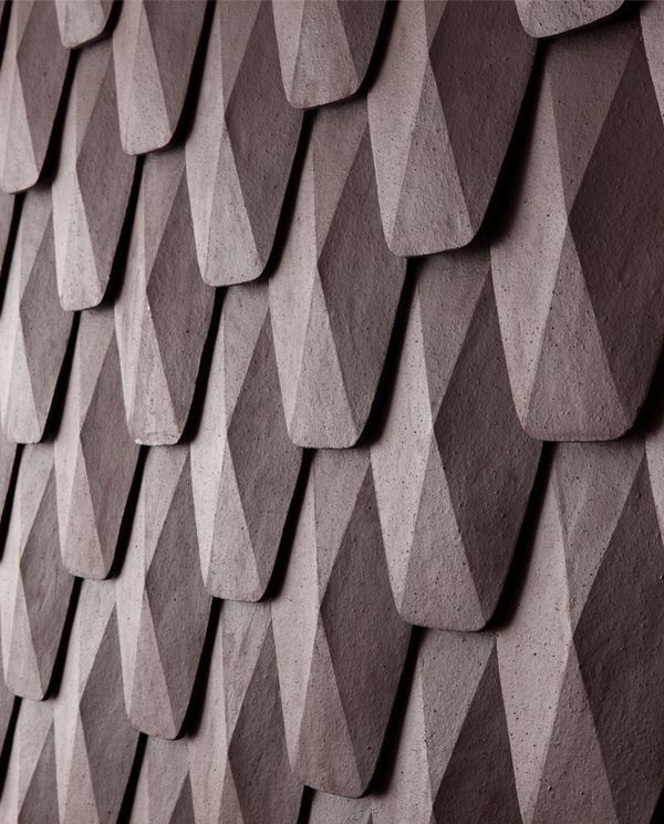 ARCHITECTURE... Pattern StructuresRéspirer is a piece that makes use of Onggi soil which has merits of Onggi, showing a possibility as a new material. If Onggi soil is put into a mold and sticked together layer upon layer, it could function as a exterior material of structure.