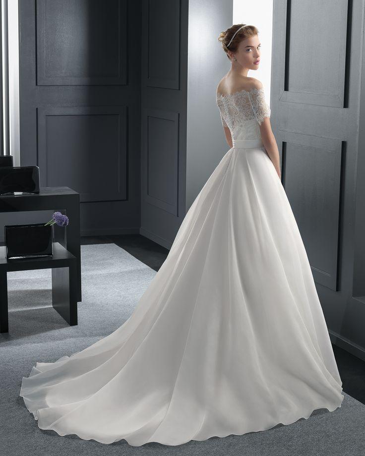 Mы ❤ это свадебное платье #weddingdress от #RosaClará