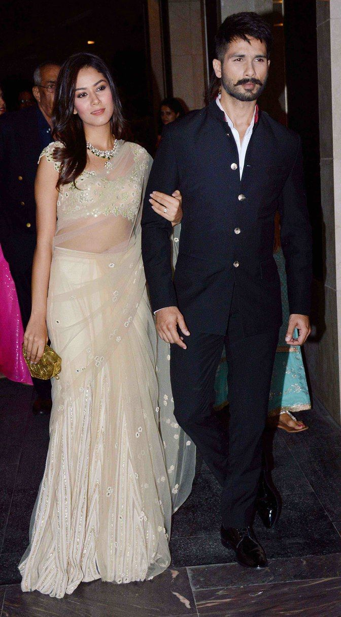 Mira Rajput and Shahid Kapoor make a starry entry (Photo: Yogen Shah)